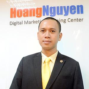 Nguyễn Vinh Quang - giám đốc trung tâm giáo dục Hoàng Nguyễn