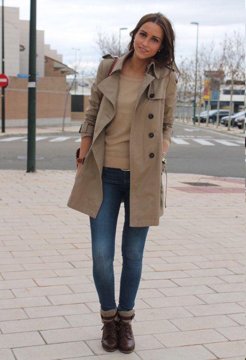 Trench coat dáng dài là một trong những phụ kiện thời trang hot