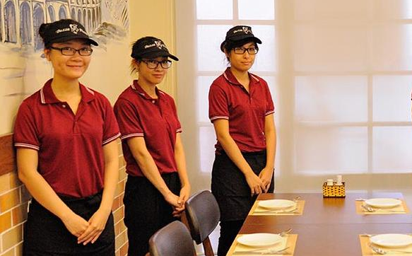 áo đồng phục quán ăn và nhà hàng 3