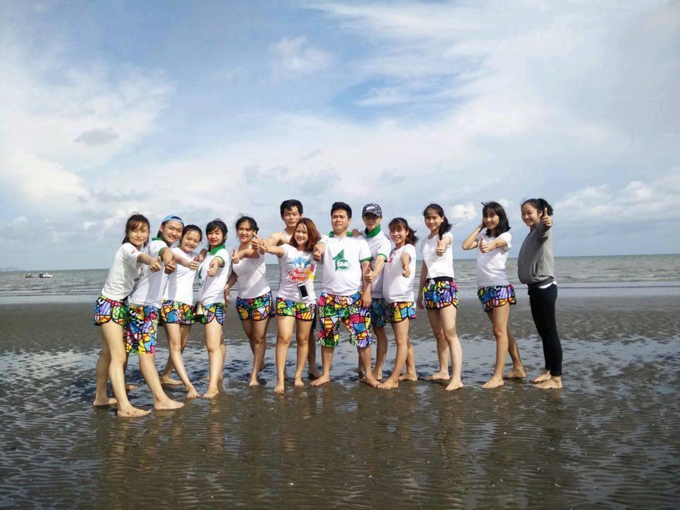 Áo nhóm du lịch mùa hè – Sự lựa chọn tuyệt vời mỗi cuộc đi chơi